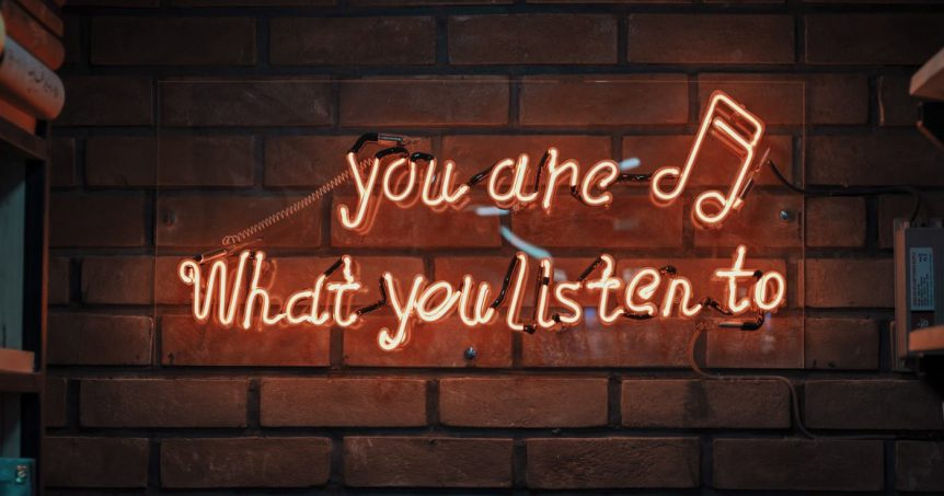 "Social Media Listening blog post graphic header - ""you are what you listen to"""